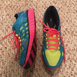 Fila neon colored athletic sneakers women's size 6